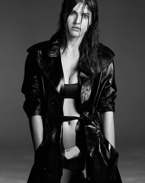 Alexandra Daddario Image Gallery