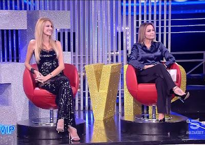 abbigliamento donna Adriana Volpe Sonia Bruganelli Grande Fratello Vip 8 ottobre