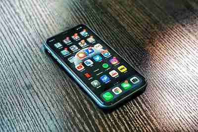 Do you find that your phone is too hot all of the time? Here are four suggestions to keep your Smartphone from overheating...