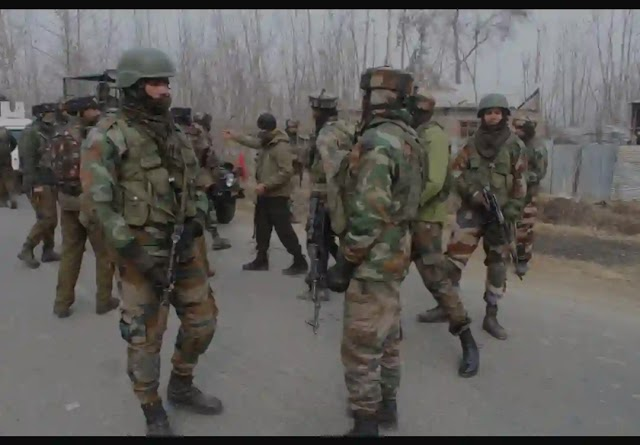 Two Cops Injured as Militants Attack Police Party in Kulgam District of Jammu Kashmir