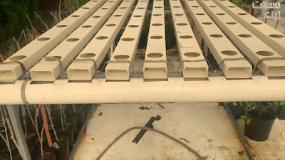 المواسير والأنابيب المكونة لنظام الزراعة المائية