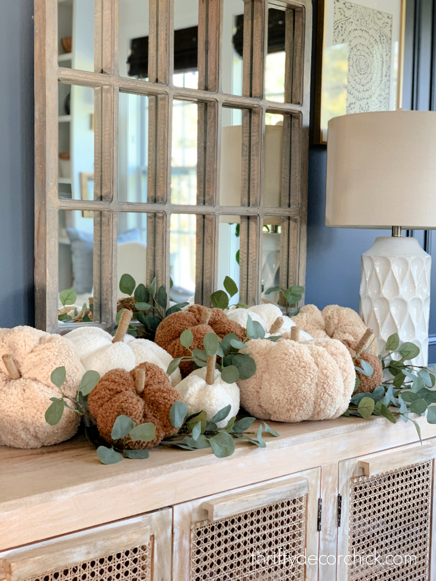 DIY soft fabric pumpkins