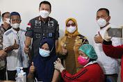 Kemenkumham Sumut dan Alumni USU Gencarkan Vaksinasi Massal di Labuhanbatu