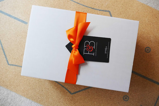 Gift Hampers UK, cheap gift hampers uk, affordable gift ideas uk, gift hamper ideas uk, versatile gifts, hamper gift uk,  Gift Hampers UK reviews, gin gift hamper, pink gin hamper