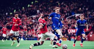 انتهت مباراة الدوري الإنجليزي الممتاز بين مانشستر يونايتد وإيفرتون بالتعادل 1-1.