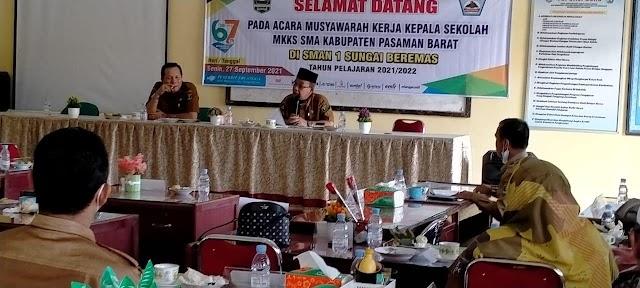 Selamat datang pada acara musyawarah kerja kepala sekolah MKKS SMA Kabupaten Pasaman Barat di SMA Negeri 1 Sungai Beremas