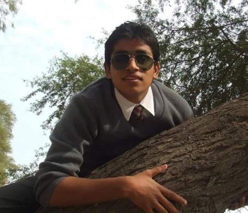 Adnan Samad Khan Age