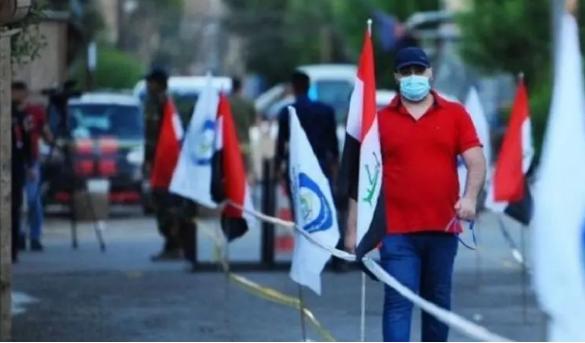 العراقيون يدلون بأصواتهم في الانتخابات النيابية
