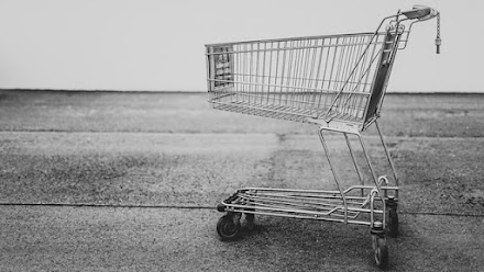 What exactly is eCommerce? - What are the 3 types of e-commerce?