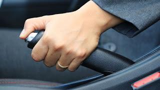 أسباب ضعف فرامل اليد في السيارة