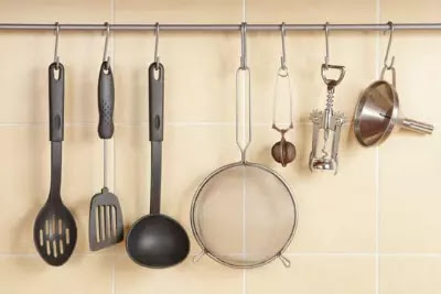 Kitchen tools hanging