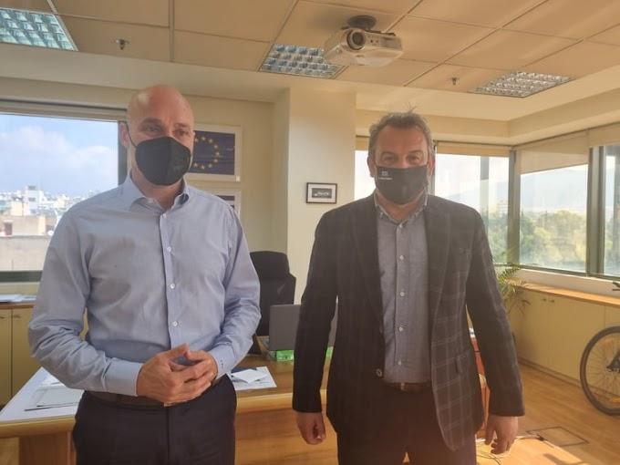 Συνάντηση Π. Κολόκα με τον υφυπουργό Περιβάλλοντος, Γ. Αμυρά