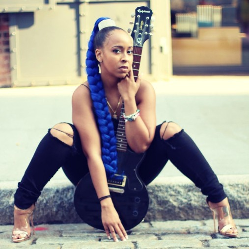 """Rock/R&B Artist Urica Rose Heats Up The Charts with """"Voodoo"""""""