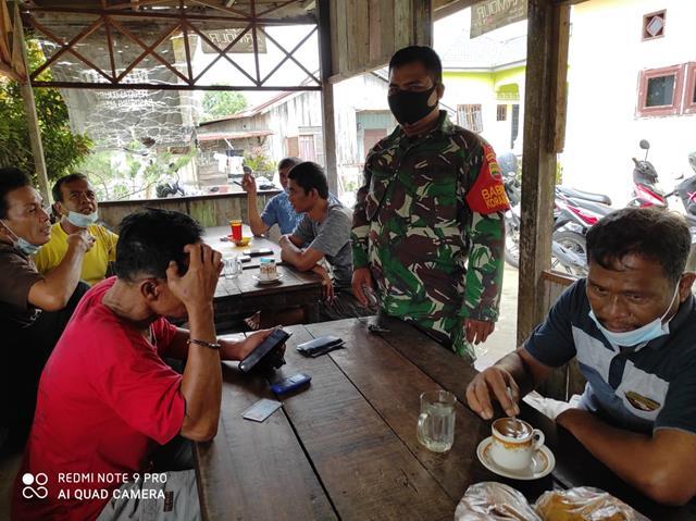 Penegakan Disiplin Protokol Kesehatan Dilaksanakan Personel Jajaran Kodim 0207/Simalungun Ditempat Keramaian