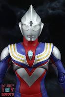 S.H. Figuarts -Shinkocchou Seihou- Ultraman Tiga Multi Type 04