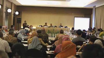 Pemkab Solok Bahas KUA-PPAS Tahun Anggaran 2022 di Padang