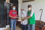 Ketua Pewarta Bantu Warga Penderita Stroke di Medan