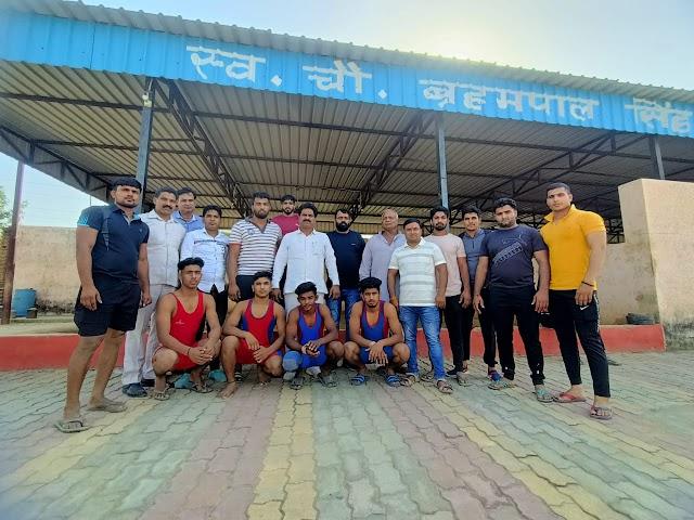 डगरपुर अखाड़े के चार बच्चों का उत्तर प्रदेश चैंपियनशिप के लिए चयन