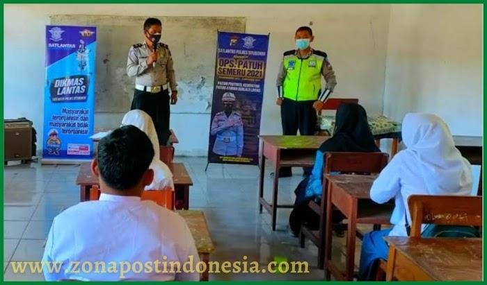 Police Goes To School, Satlantas Polres Situbondo Sosialisasi Disiplin Berlalu Lintas dan Prokes