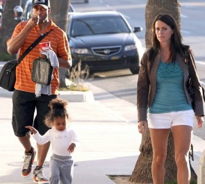 Picture of Jaleel White with his ex-girlfriend Bridget Hardy & their daughter
