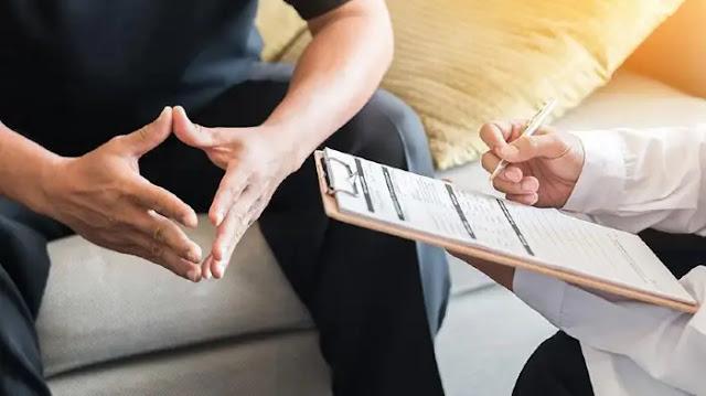 Mengunjungi atau Berdiskusi dengan Psikiater