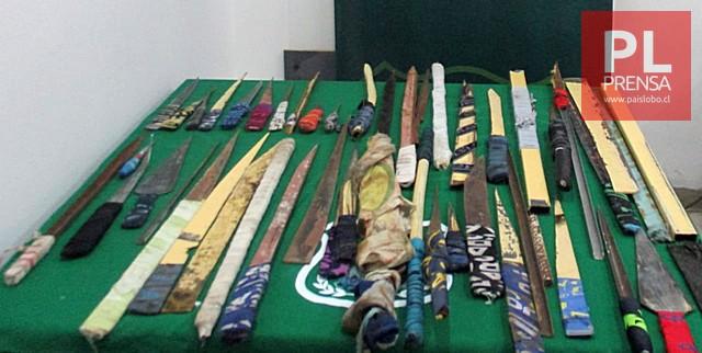 46 armas blancas artesanales