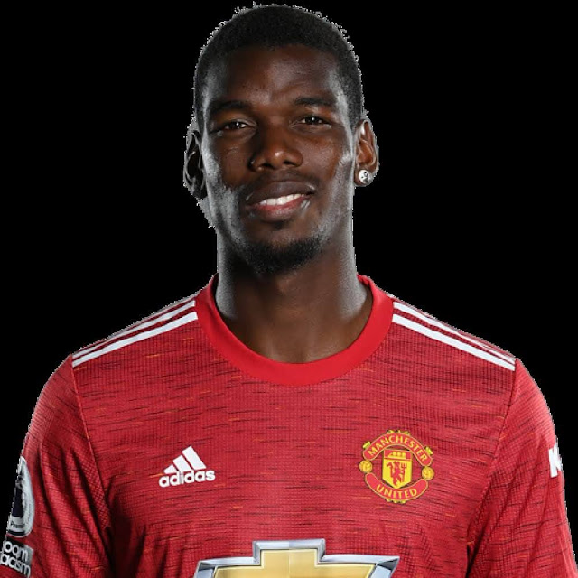 Pogba is said to have decided to extend his contract with MU (Image: Getty).