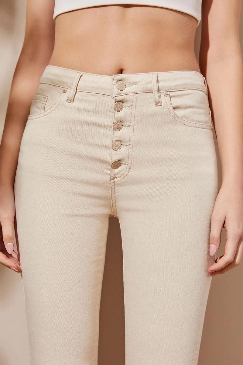moda jeans con botones años 90 noventa moda mujer