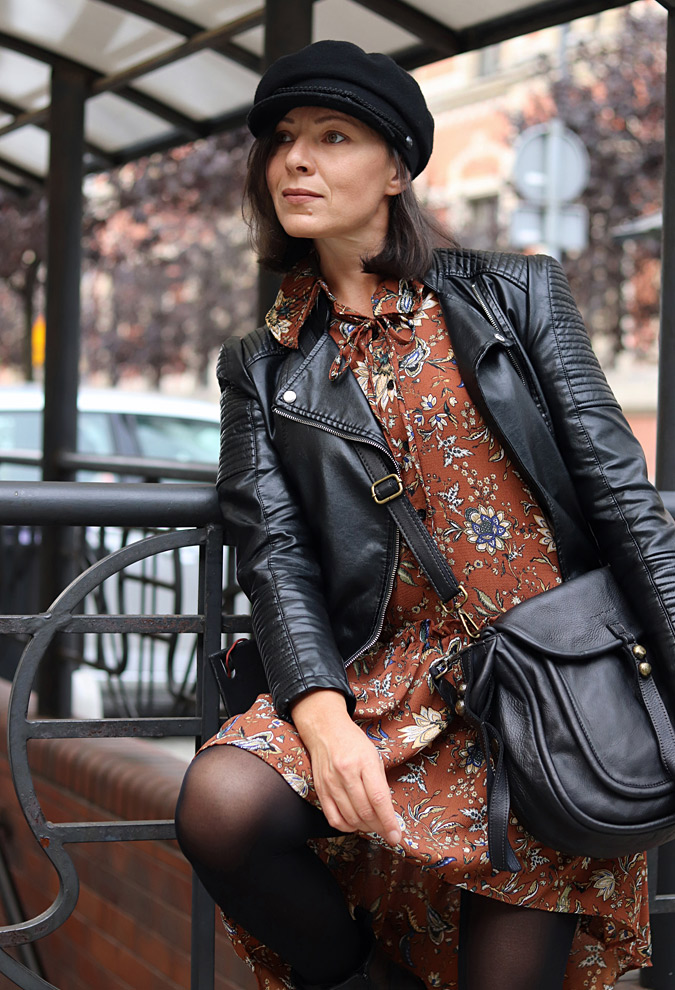 czarne ramoneski do sukienki stylizacje
