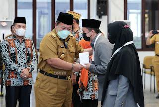 Gubernur Arinal Djunaidi Lepas Peserta Seleksi Tilawatil Qur'an ke-26 ke Maluku Utara, Siapkan Bonus Bagi yang Meraih Juara