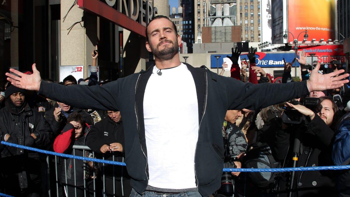 TNT está fazendo vários projetos com a possível estreia de CM Punk na AEW