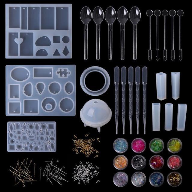 أدوات و خامات الريزن من قوالب سيليكون شفافة و جليتر و مسامير و سحاحات