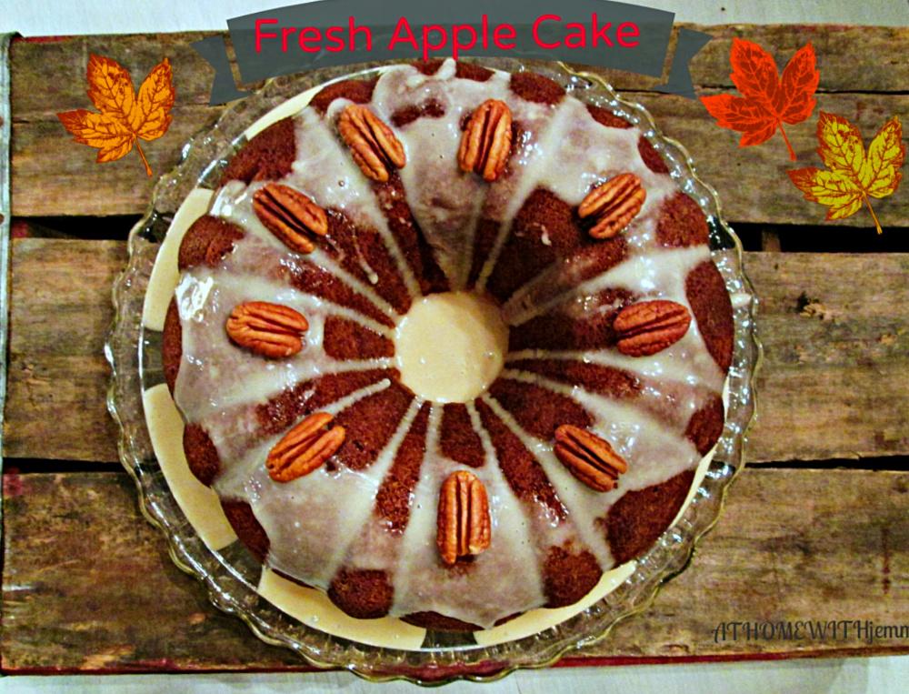 Bundt-cake-apple-easy-recipe-glaze-fall-holiday