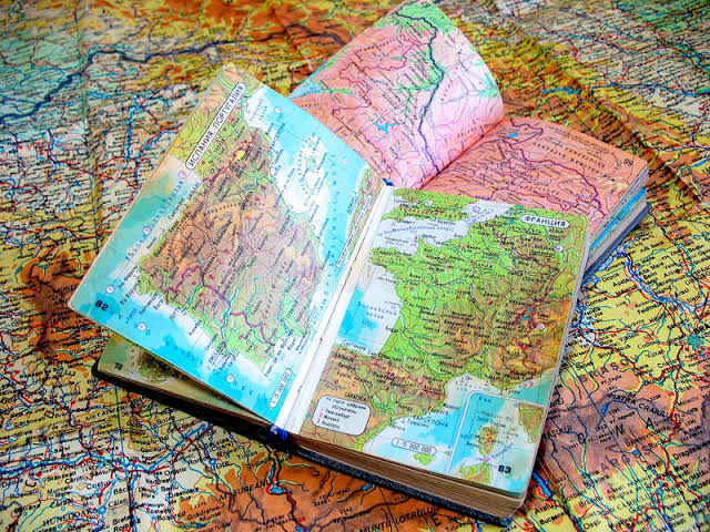 كتب مباديء الخرائط - كل كتب علم المساحة والخرائط على الانترنت