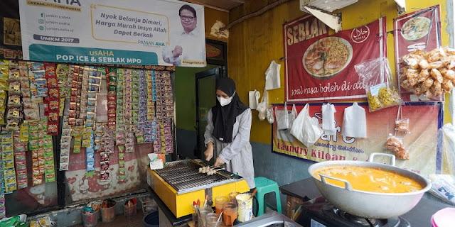 Spanduk Airlangga Hartarto Mulai Terpasang di Warung-warung Jakarta