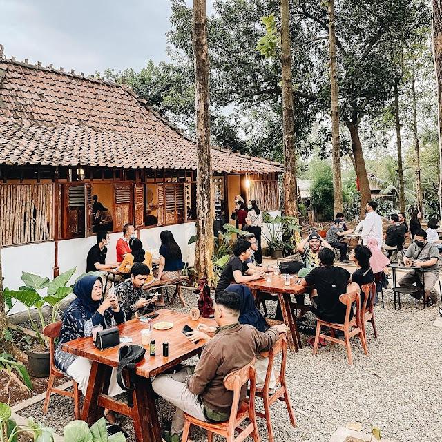 Littlewood Coffee Bogor Harga Menu, Daya Tarik dan Lokasi