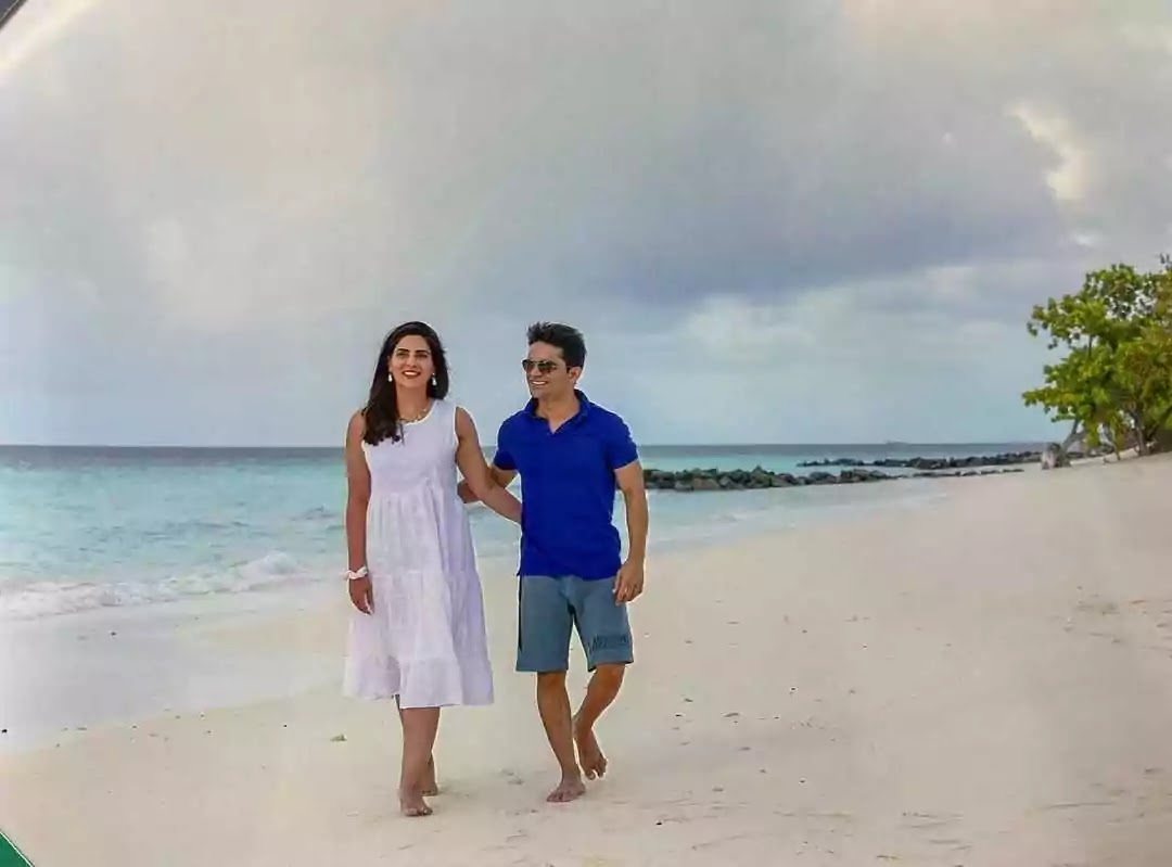 Shahzeb Khanzada And Rushna Khan New Pictures on Their Honeymoon
