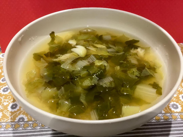 escarole soup, vegan soup, greens,