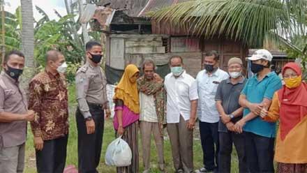 Lansia Kota Solok Dilepas ke Panti Tresna Werdha Batusangkar