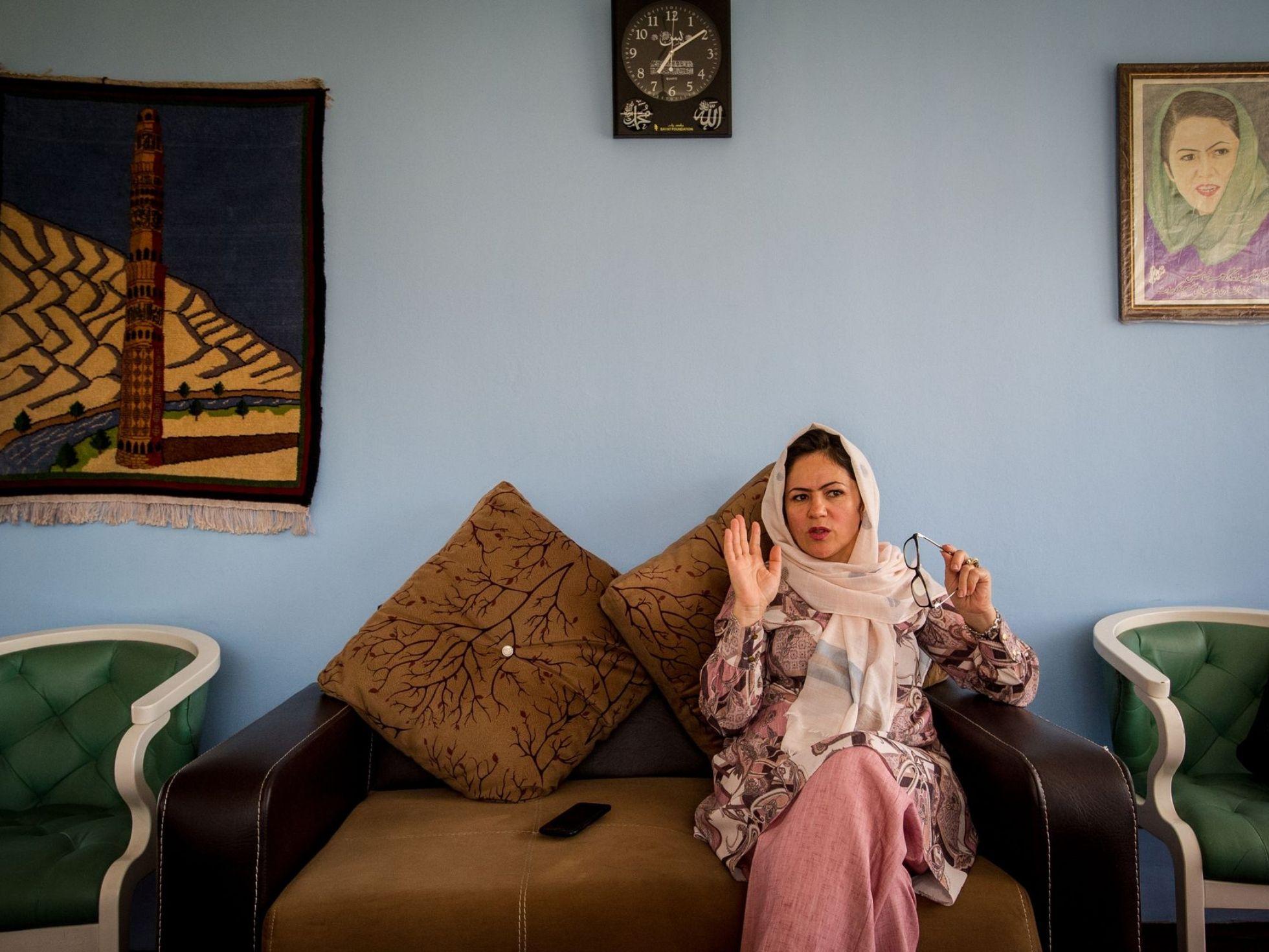 Na mira do Talibã - Deputadas afegãs ficaram expostas a ameaças e intimidações