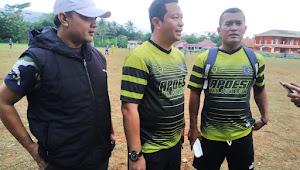 Jalin Tali silahturahmi Apdesi Kabupaten Sukabumi Adakan Tanding Sepak Bola Dengan Apdesi Garut