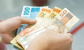 Salário mínimo é 5 vezes menor que o necessário para sustentar uma família