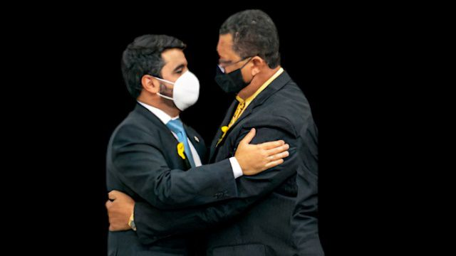 Prefeito Hagge combina com Valquirão a manter vereadores longe das investigações de corrupção na Comutran