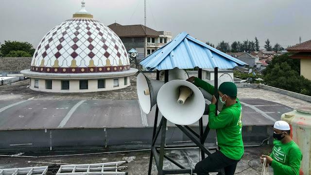 Media Perancis Soroti Suara Azan di Indonesia: Ketakwaan atau Kebisingan?