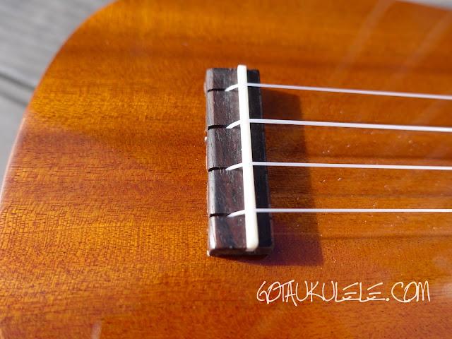 Ohana TPK-25G Sopranino ukulele bridge