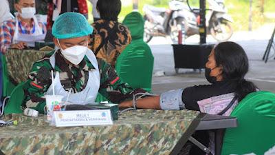 Yonif Mekanis Raider 413 Kostrad Kembali Gelar Serbuan Vaksinasi Hari Kedua