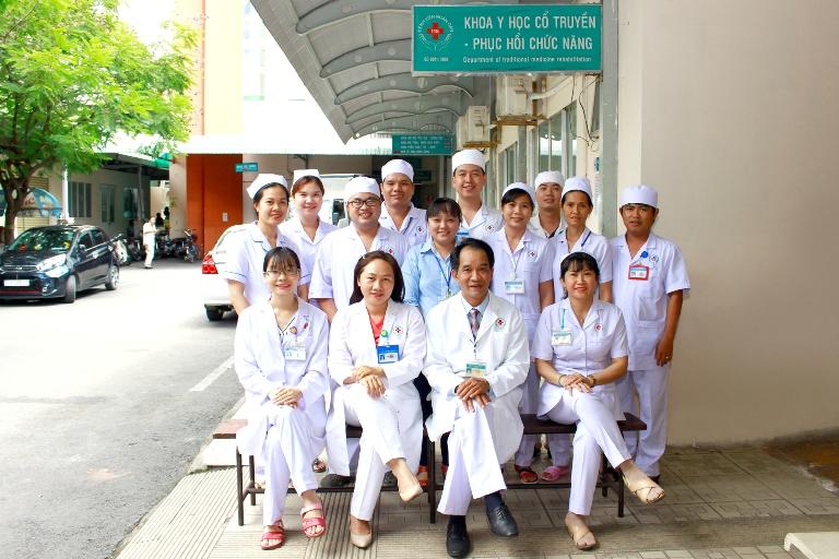 Mẫu đồng phục của y bác sĩ tại Bệnh Viện Nhân Dân 115