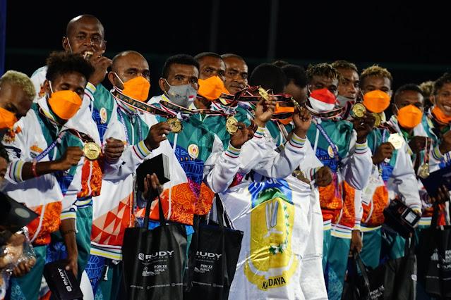 Lewat Laga Dramatis, Hockey Putra Papua Berhasil Rebut Medali Emas.lelemuku.com.jpg