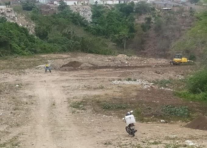 Prefeitura de Campina Grande inicia trabalho de abertura de campo de pelada na Zona Leste