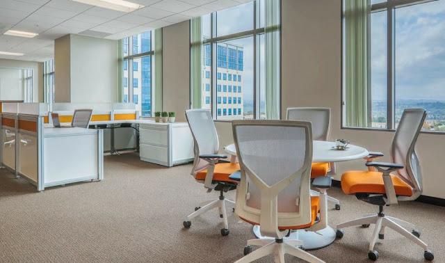 peralatan kantor yang ergonomis